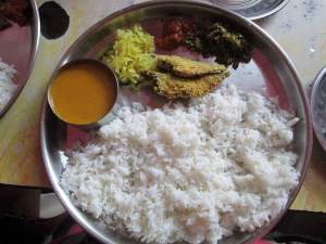 Simple home cooked goan food - yummy fish curry n rice