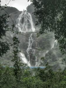 The passenger train passing the falls